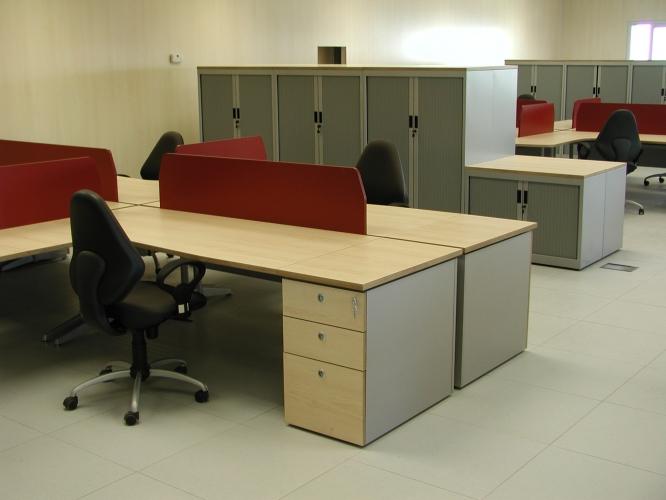 Grupomorenilla mobiliario de oficina for Oficinas caja sur